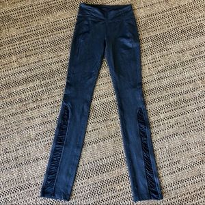 Lululemon Full Length Black Leggings Size 4